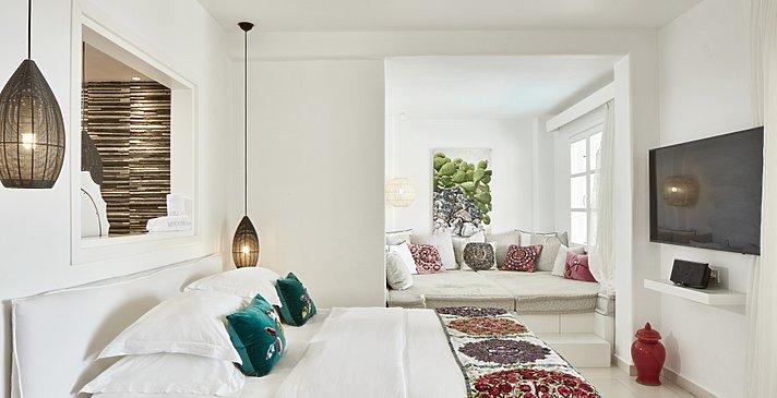 Exclusive Guestroom Private Pool - Myconian Villa Collection
