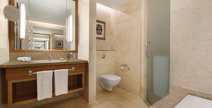 Executive Sea View Badezimmer - Shangri-La Barr Al Jissah - Al Waha