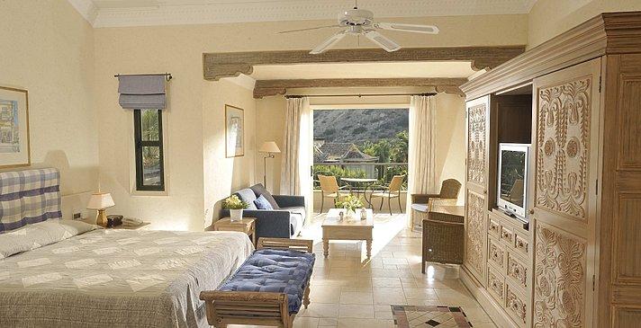 Executive Suite Garden View - Columbia Beach Resort