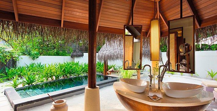 Family Beach Villa Badezimmer - Constance Halaveli Resort