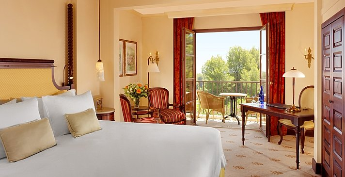 Deluxe 2BR Guest Room - Castillo Hotel Son Vida