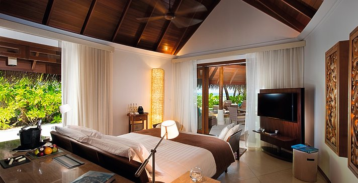 Family Beach Villa Elternschlafzimmer - Constance Halaveli Resort
