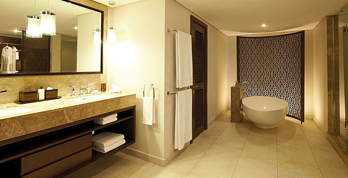 Garden Suite - Royal Palm Beachcomber Luxury