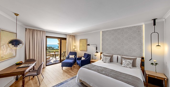 Grand Deluxe Sea View - The St. Regis Mardavall Mallorca Resort