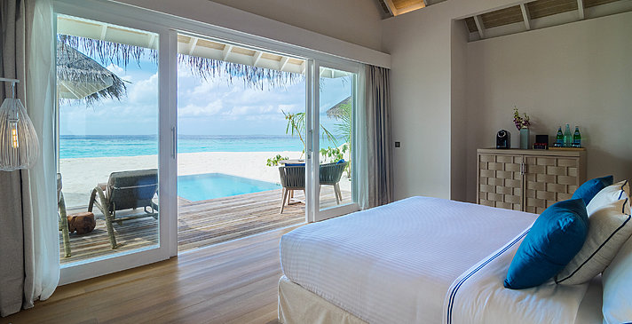 Grand Pool Beach Villa - Baglioni Resort Maldives