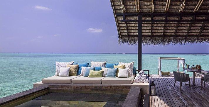 Grand Water Villa mit Pool - One&Only Reethi Rah