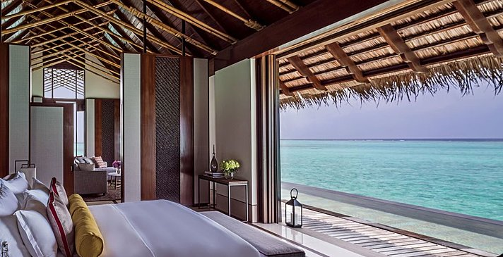 Grand Water Villa mit Pool - One&Only Reethi Rah