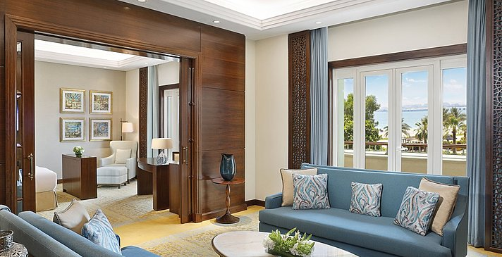 Gulf/Club Ocean Suite Wohznzimmer (Ghoroob Wing)