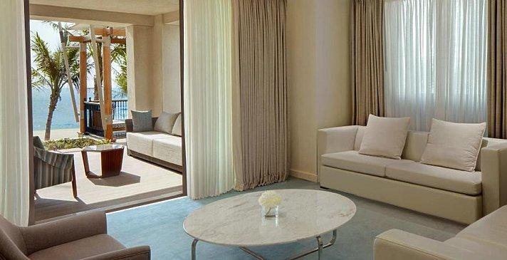Gulf Ocean Suite Wohnzimmer - Jumeirah Al Naseem