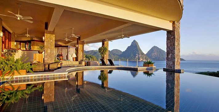 Galaxy Sanctuary - Jade Mountain