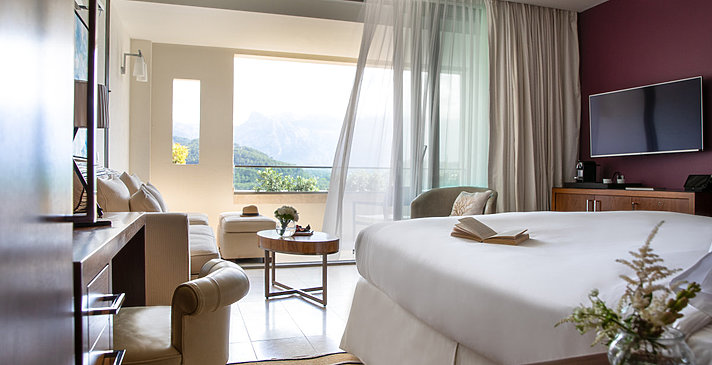 Grand Deluxe Mountain Zimmer - Jumeirah Port Soller Hotel & Spa