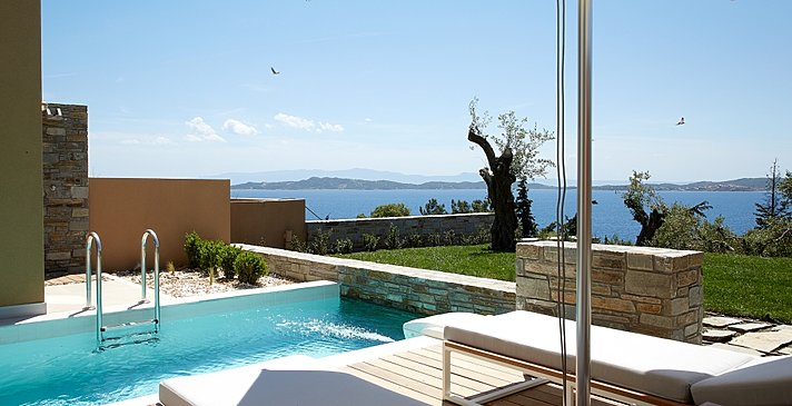 Junior Pool Villa mit privatem Garten - Eagles Villas