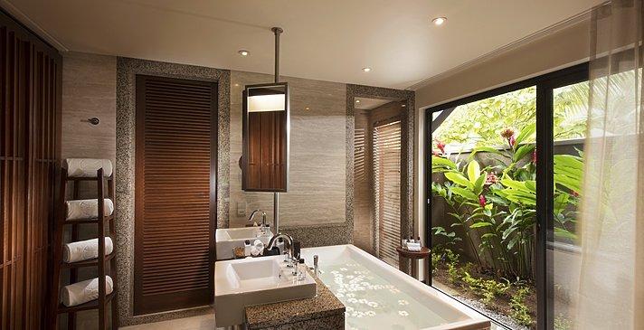 Junior Suite Badezimmer - Constance Ephelia Seychelles