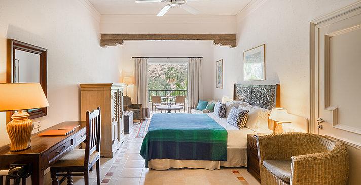 Junior Suite Garden View - Columbia Beach Resort