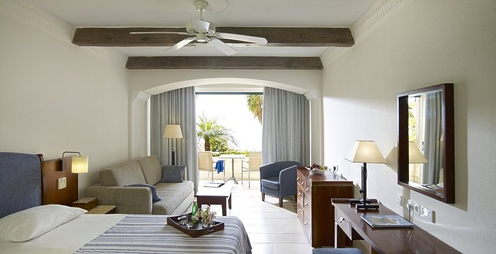 Junior Suite Sea View East - Columbia Beach Resort
