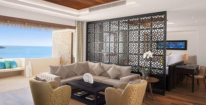 Junior Suite Wohnzimmer - Banana Island Resort by Anantara