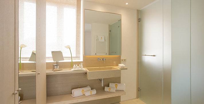 Junior Suite mit Terrasse - Fontsanta Hotel Thermal Spa & Wellness