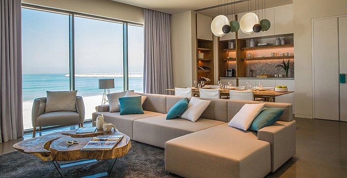 Luux Suite Sea View Wohnzimmer - Nikki Beach Resort & Spa Dubai