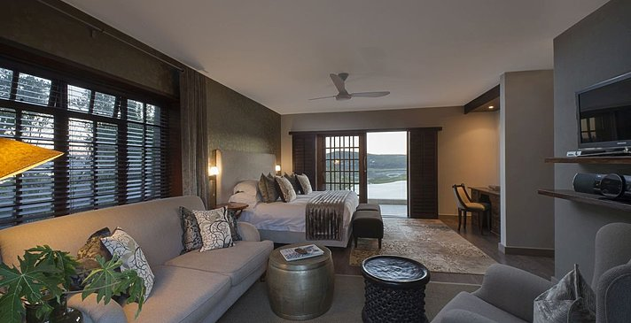 Luxury Lagoon Suite - Sunbird - Kanonkop Guest House