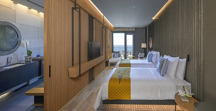 Palace Ocean Room (Twin bedded)
