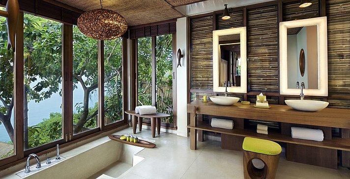 Ocean Front Pool Villa Suite Badezimmer - Six Senses Samui