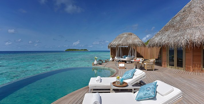 Ocean House Pooldeck - The Nautilus Maldives