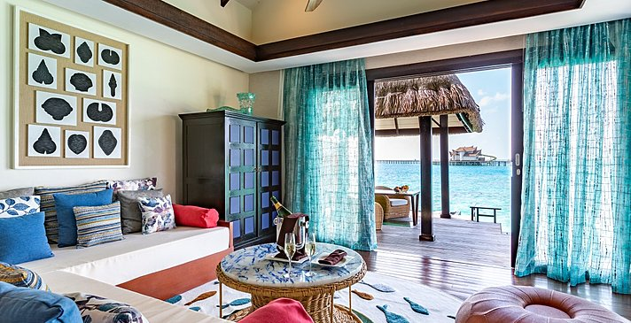 Ocean Pool Suite with Slide Wohnzimmer - Ozen Reserve Bolifushi