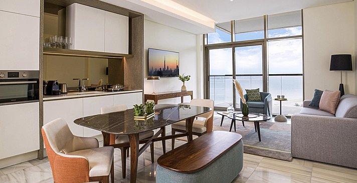 One Bedroom Suite Ess- und Wohnbereich