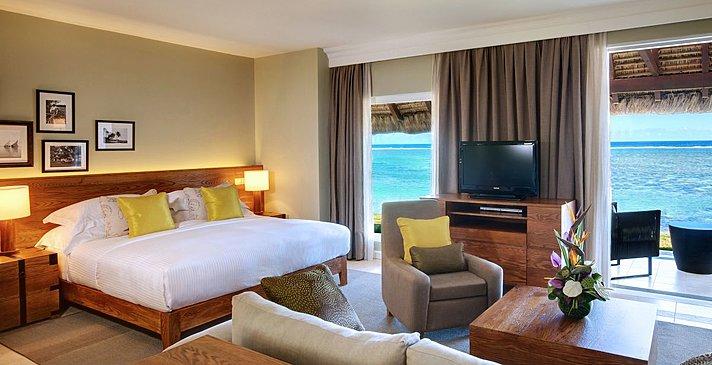 Beachfront Junior Suite - Outrigger Mauritius Beach Resort