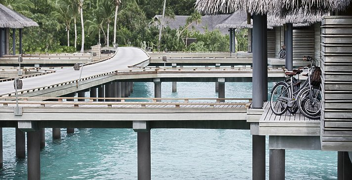 Over Water Villas Jetty - Vakkaru Maldives