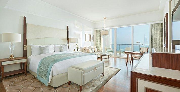 Pearl Club Sea View