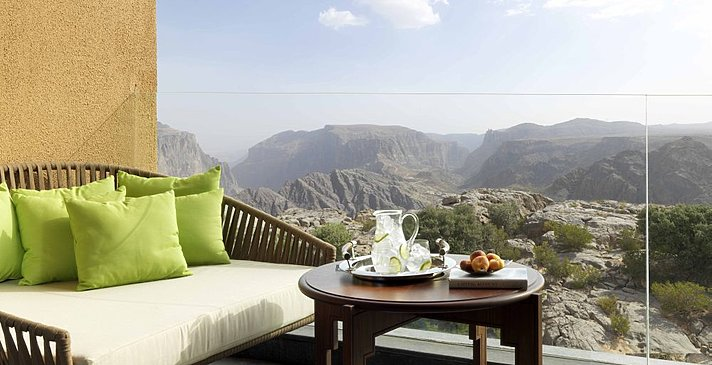 Terrasse Premier Canyon View Room - Anantara Jabal Akhdar Resort