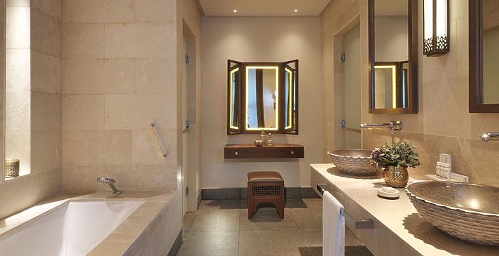 Badezimmer Premier Canyon View Room - Anantara Jabal Akhdar Resort