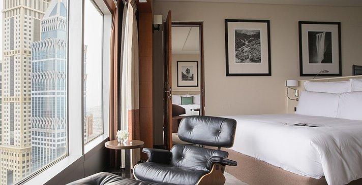 Premier Deluxe Room / Club Room