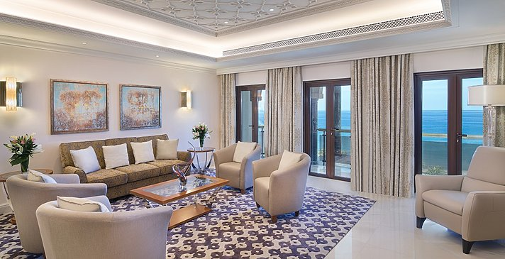 Presidential Suite - Al Bustan Palace, A Ritz-Carlton Hotel