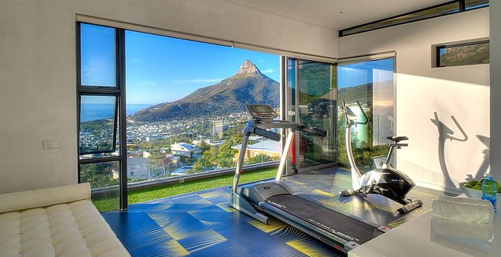 Sea Star Rocks - Penthouse 2 Bedroom - Fitnessraum
