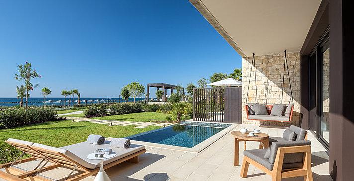 Seafront Deluxe Bedroom mit Pool - Amara