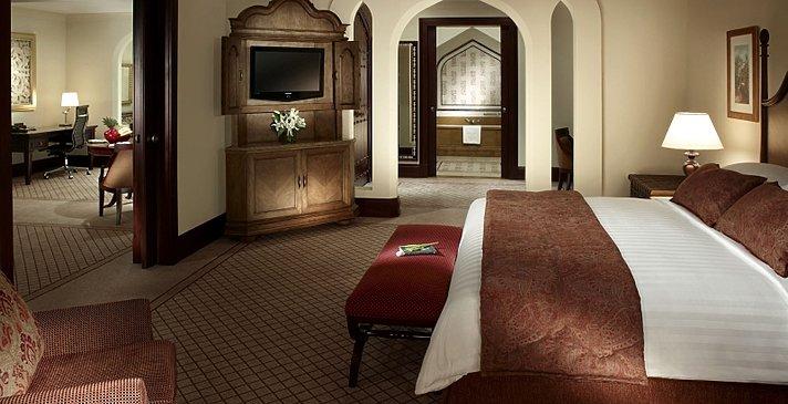 Executive Suite Schlafzimmer - Shangri-La Hotel, Qaryat Al Beri