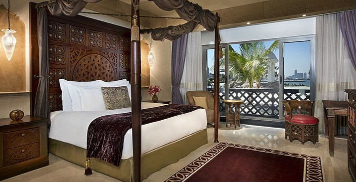 King Suite Sea View - Sharq Village & Spa, A Ritz-Carlton Hotel