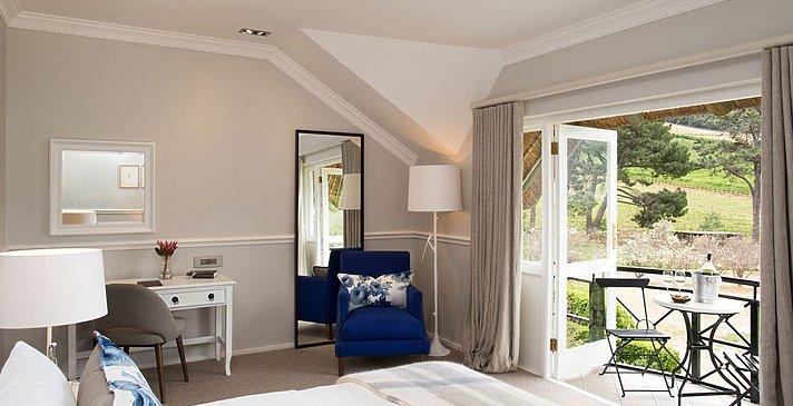 Shiraz Room - Mont Rochelle