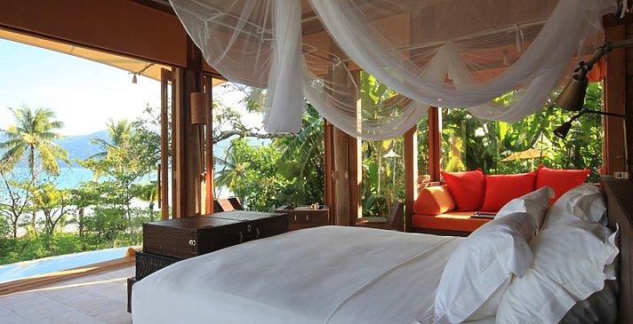 Soneva Kiri - Beach Pool Villa Suite Schlafzimmer