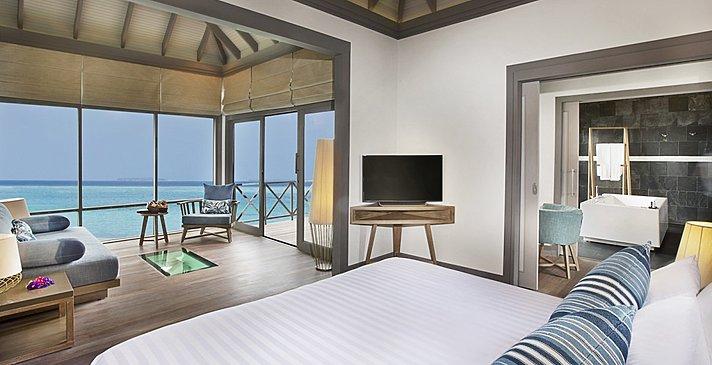 Sunrise Water Villa mit Pool - JA Manafaru