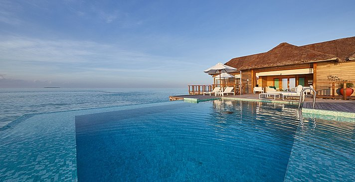 Sunset Water Villa Pool - Conrad Maldives Rangali Island