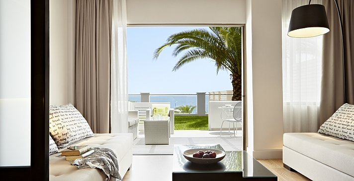 Superior Family Room Sea View - MarBella Corfu