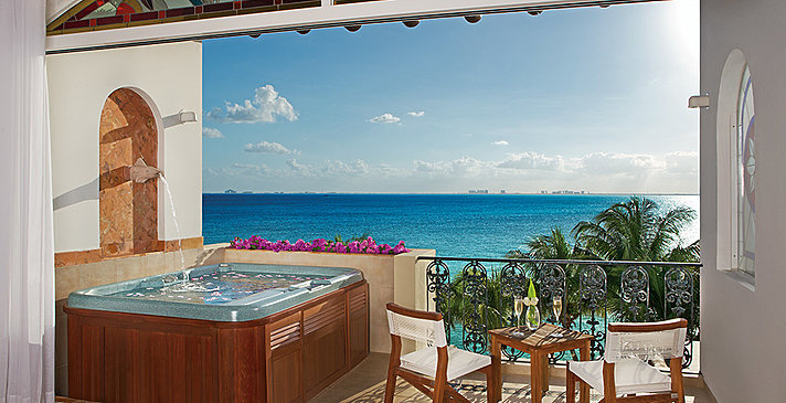 Superior Junior Suite Ocean Front - Zoetry Villa Rolandi Isla Mujeres