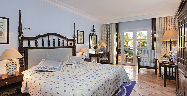 Superior und Deluxe Room - Seaside Grand Hotel Residencia