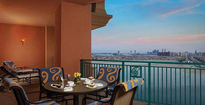 Terrace Club Suite - Atlantis The Palm Dubai