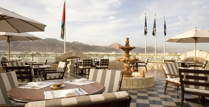 Terrasse der Club Lounge - Grand Hyatt Muscat