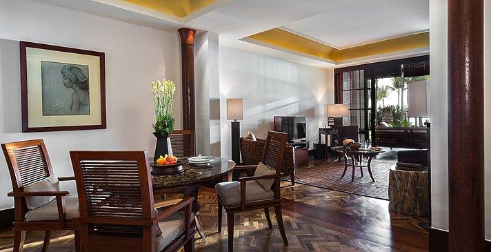 1 BR Deluxe Suite Wohnbereich - The Legian Seminyak, Bali