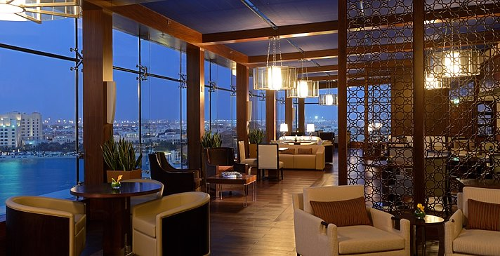 Club Lounge - The Ritz-Carlton Abu Dhabi, Grand Canal